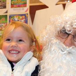 Città dei Balocchi  Al Sociale è il giorno  di Babbo Natale