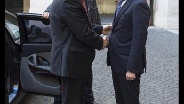 Renzi,piena fiducia nelle nuove autorità