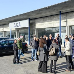Crisi Sca, vertice dal prefetto Ma la Mercedes non si presenta