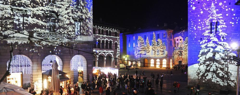 A ciascuno il suo Natale   Tocco d'oro anche a Como