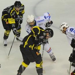 Assenze e blasone di Caldaro L'Hockey Como rischia grosso