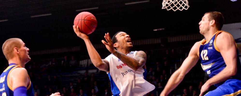Il Khimki vince in Francia Cantù ha in mano il proprio destino