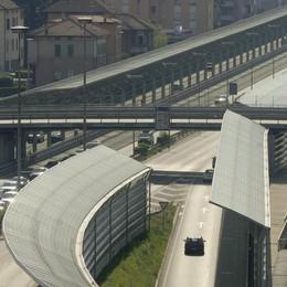 Svizzera, contromano in autostrada  Denunciato un italiano