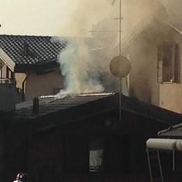 Villa Guardia, incendio in abitazione