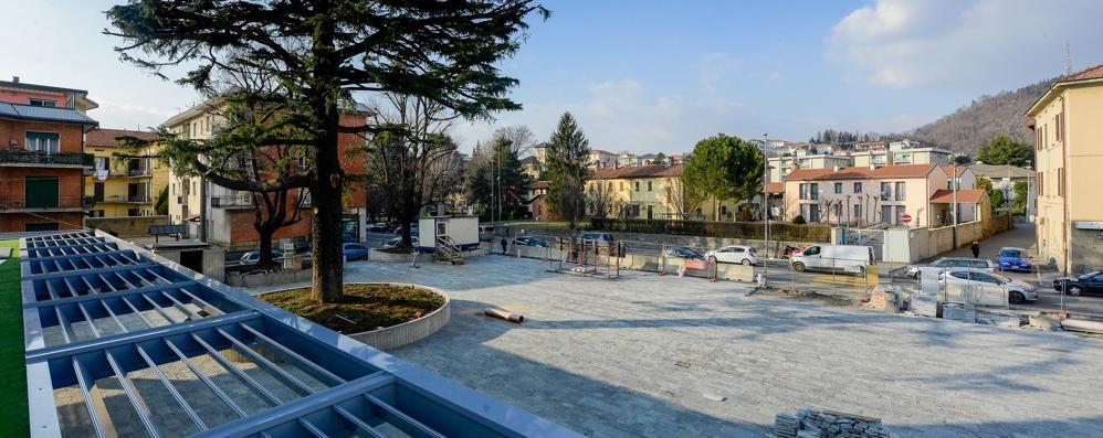 La nuova Albate: piazza più grande di quella del Duomo
