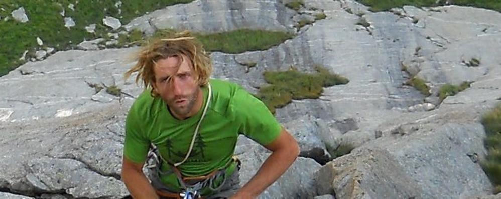 Precipita da una cascata di ghiaccio, muore guida alpina