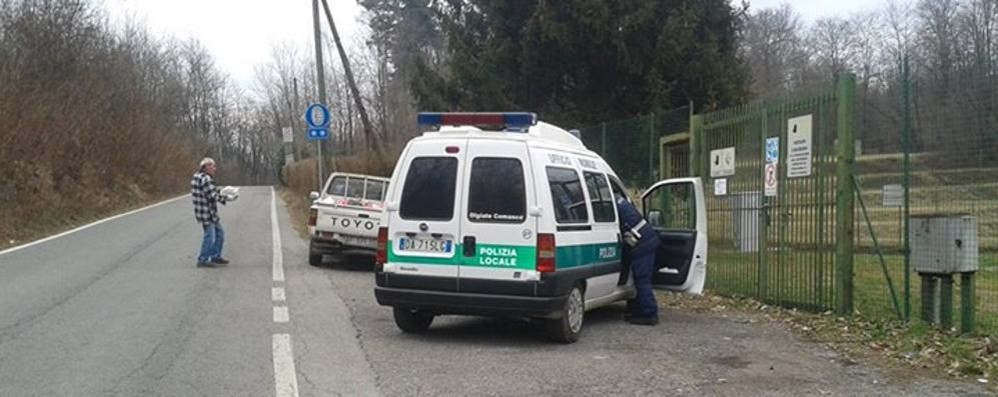Olgiate, assessore investigatore  Butti i sacchi? Multa di 500 euro