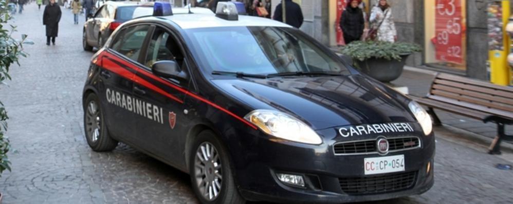 Scippava e picchiava le sue vittime  Incastrato dalle telecamere a Saronno