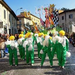 Carnevale di Cantù al via  La neve non fan paura