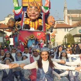 Carnevale di Cantù  Oggi la carica dei 700