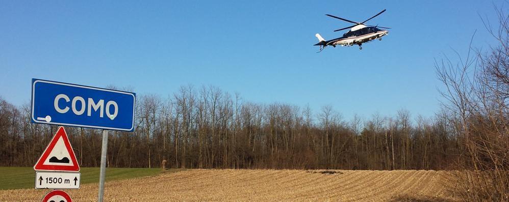 Controlli con l'elicottero, preso uno spacciatore (GUARDA IL VIDEO)