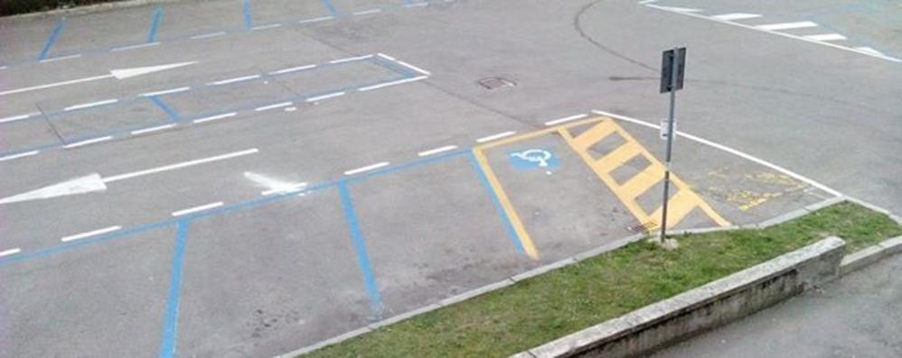 Olgiate, parcheggi a pagamento vuoti  «Non rendono nulla: meglio abolirli»