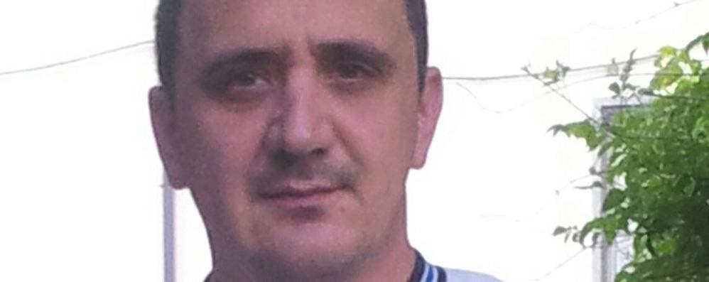 Devastato il parco giochi a Olgiate  «Ora basta, devono essere puniti»