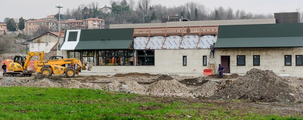 McDonald's a Grandate, non solo panini  Partite le selezioni: ci sono 40 posti