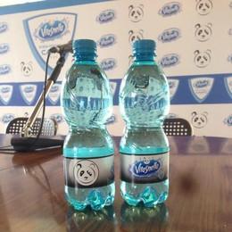 Cantù e il #mettaday L'acqua personalizzata