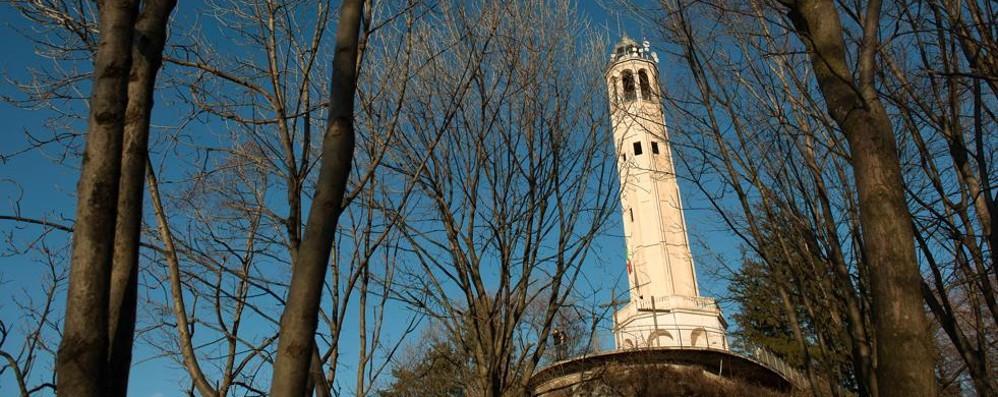 La lanterna del Faro  esposta al Tempio Voltiano