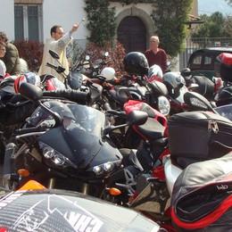 Piazza Santo Stefano  Il raduno del moto club regionale