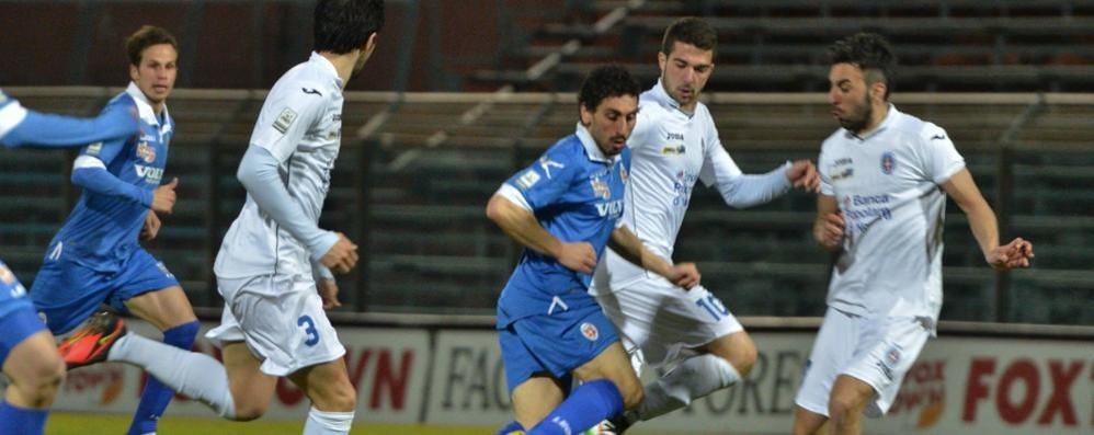 Batosta sul Novara  Il Como vede i play off