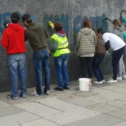 I vandali tornano al Monumento: due denunciati