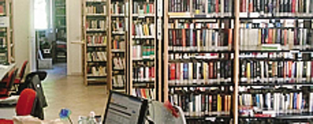 L'amore trionfa in biblioteca  Gli Harmony i libri più richiesti Orby