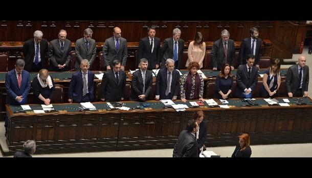 Naufragio: sì a risoluzione maggioranza