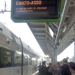 Erba: salta la corrente, disagi sui treni