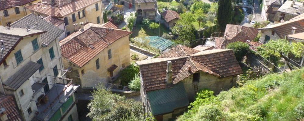 Moltrasio resta senza banca  «Colpo per anziani e turisti»