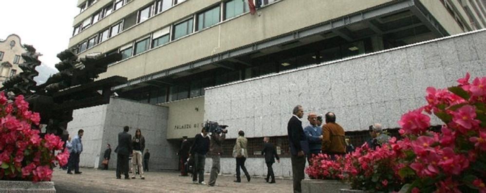 Pass Ztl, processo all'ex senatore  Sentiti i vigili e il consigliere