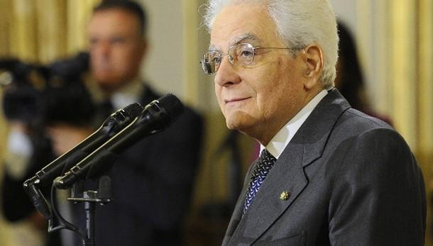 Mattarella, soluzione politica per Libia