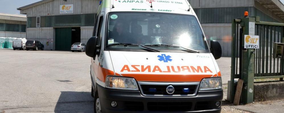 Scontro tra due auto  Tre feriti a Mariano