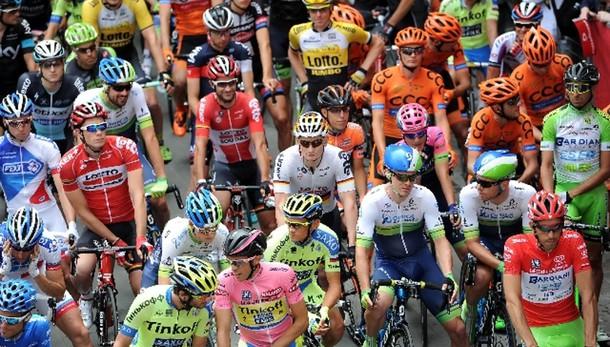 Giro: a Gilbert la 12/a tappa