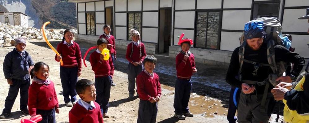 La Caritas in aiuto del Nepal A Como scatti di solidarietà