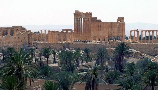 Fonti Siria, Isis occupa museo Palmira