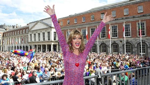 Nozze gay: Irlanda, sì vince con 62,1%