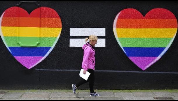 Nozze gay: l'Irlanda vota sì