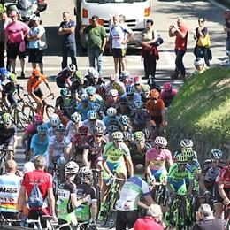 Il Giro d'Italia sul lago di Como: che show