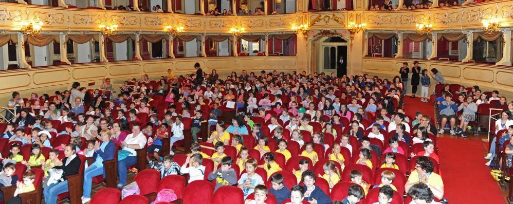 Festa con Cartolandia   Al Sociale cinquanta scuole    Guarda le foto