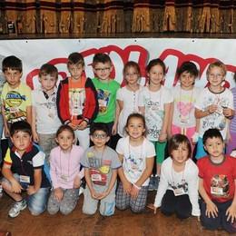 Como teatro Sociale premiazione Cartolandia 2015, scuola elementare Anna Vertua Gentile di Dongo secondo gruppo