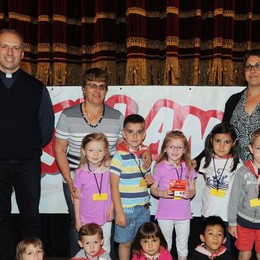 Como teatro Sociale premiazione Cartolandia 2015, scuola d'infanzia di Cremia
