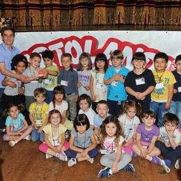 Como teatro Sociale premiazione Cartolandia 2015, scuola d'infanzia Don Confalonieri di Senna Comasco