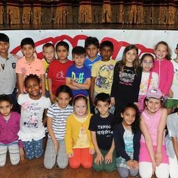 Como teatro Sociale premiazione Cartolandia 2015, scuola primaria Severino Gobbi di Como secondo gruppo