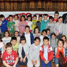Como teatro Sociale premiazione Cartolandia 2015, scuola primaria di Colverde frazione Gironico