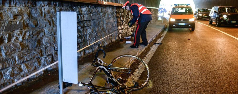 Moltrasio, ciclista muore sulla Regina