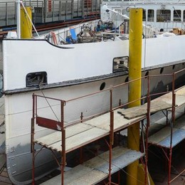 Bellagio non molla sulla Navigazione  «Pontili automatici, basta catamarani»