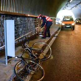 Como, medico morto in bici  Il dolore di Tavernola  «Un uomo generoso»
