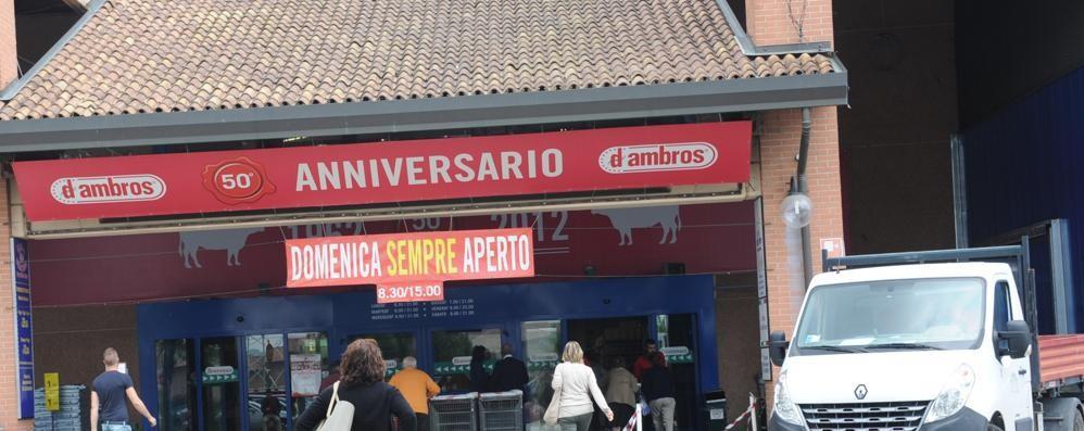 """Colpo grosso al D'Ambros  Via """"Gratta e vinci"""" e slot"""