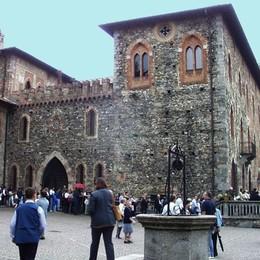Monguzzo si veste di Expo  Tre mesi di eventi al castello