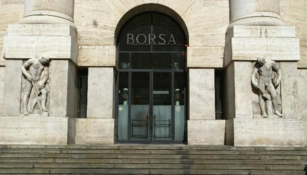 Borsa Milano chiude in calo, -0,26%