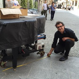 Pianista cacciato da Como  Bellagio: venga pure da noi