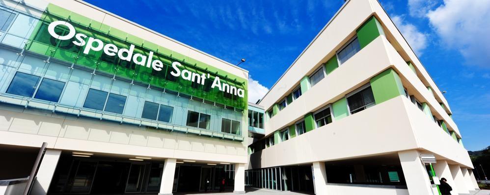 Furti di cellulari al Sant'Anna Il ladro lavorava in ospedale